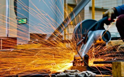 4 Essential Health and Safety Tips for Manufacturing Businesses